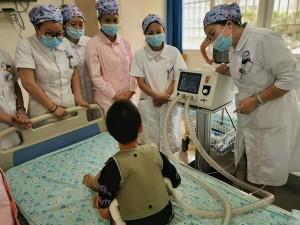 我院儿科引进高频振动排痰仪